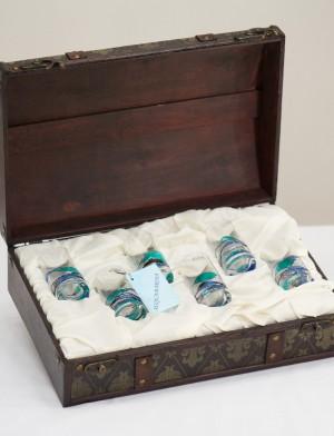 http://aujoliverre.com/239-thickbox_default/wooden-box-6-shot-glasses-acquamarina.jpg